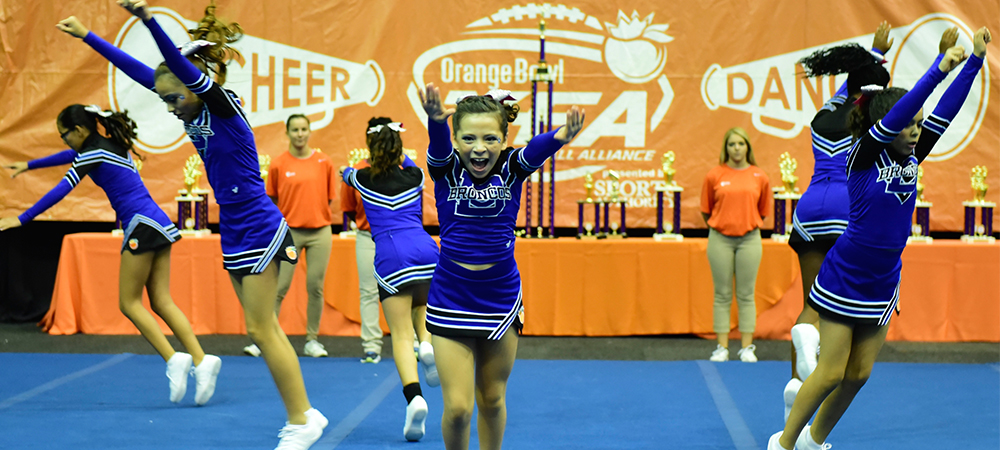 Event-Top-Photo_Cheer-Clinic